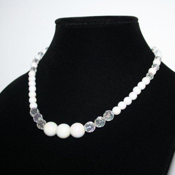Pretty pearl white and crystal necklace 17""